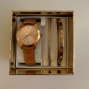 NWT Michael Kors Rose Gold Watch & Bracelet Set